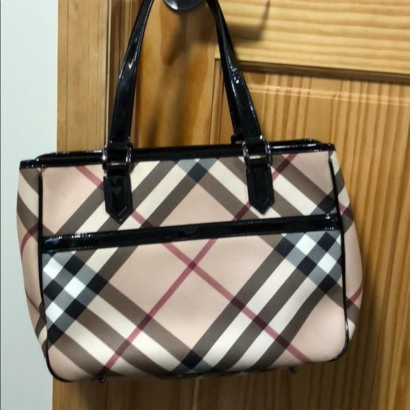 712200b41713 Burberry Handbags - Authentic Burberry nova check medium tote bag
